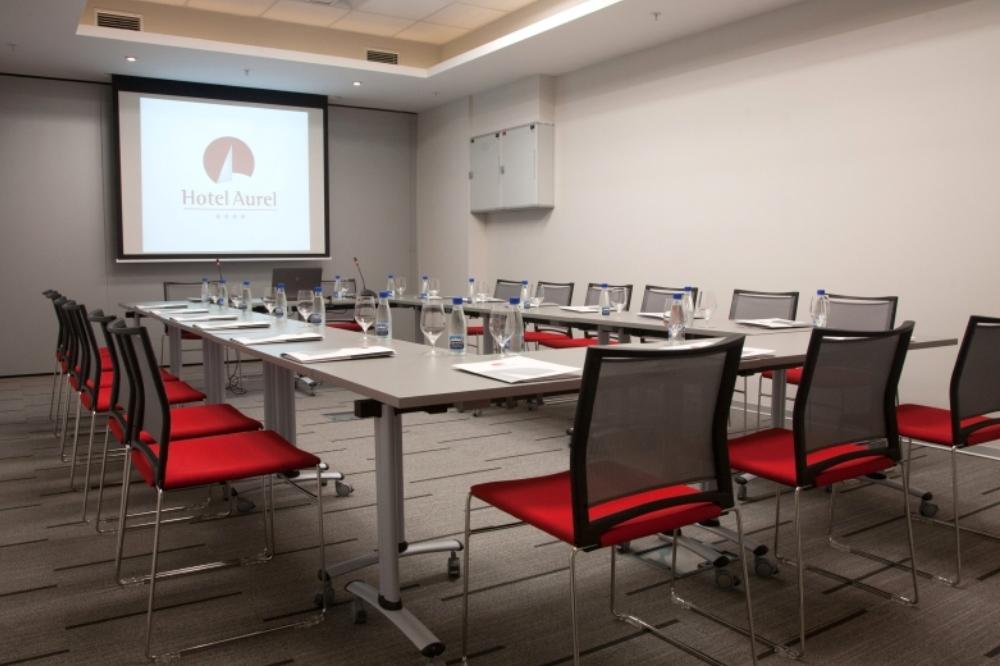 hotel aurel conference